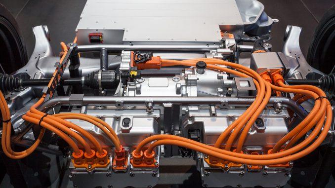 Seminar zum HV-Bordnetz im Hybrid- und Elektrofahrzeug für die Industrie in Stuttgart